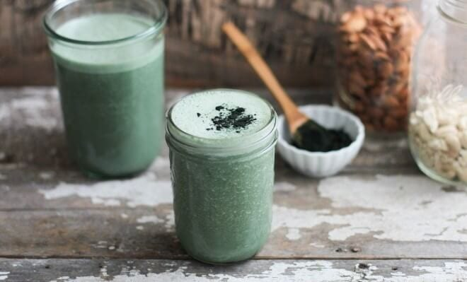 Spirulina para que serve: smoothie