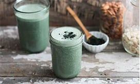 Spirulina para que serve : smoothie
