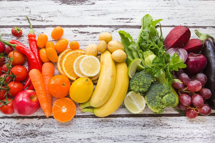 complexo vitamínico: vitaminas e as suas cores