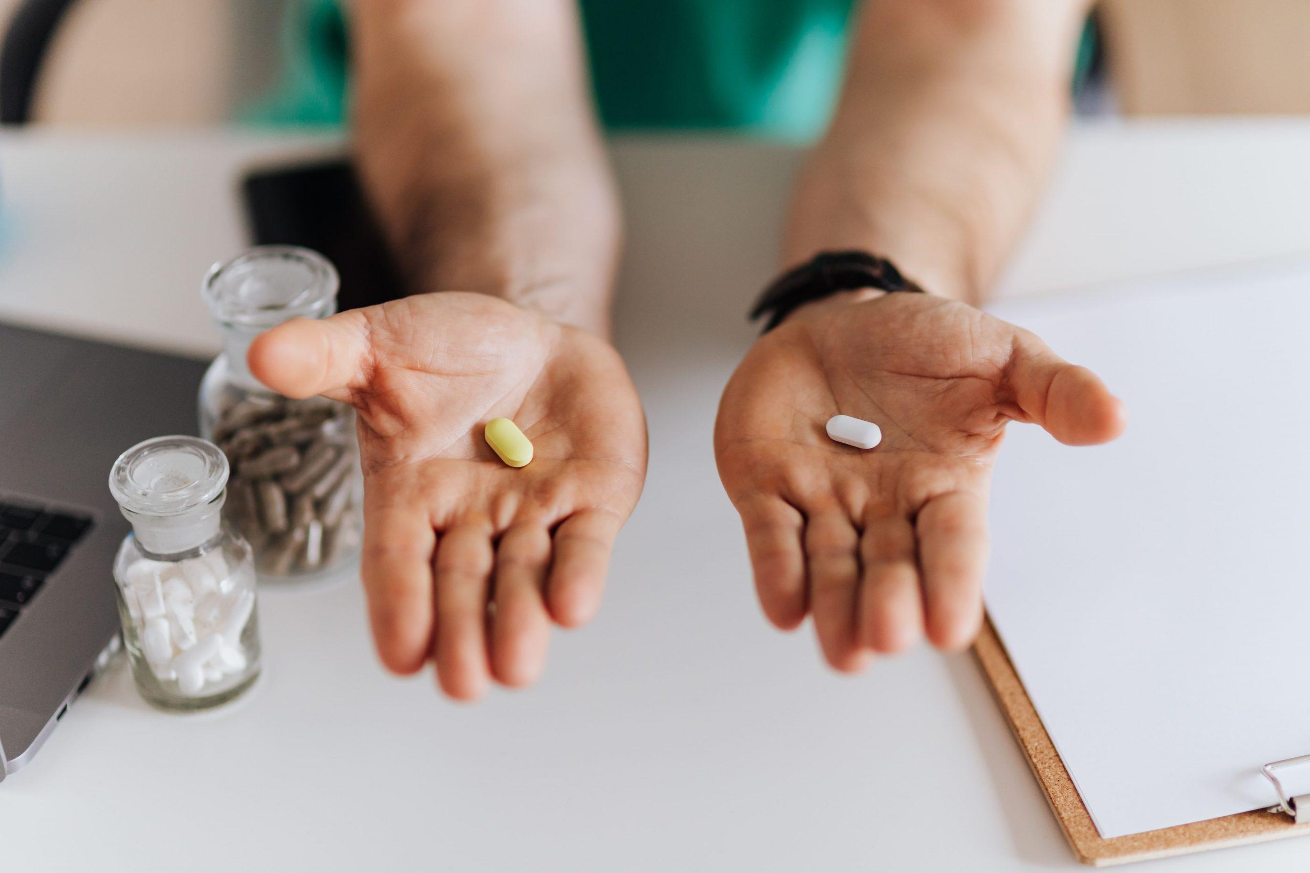 Vitamina C com ácido hialurônico: saiba porque tomar os dois juntos