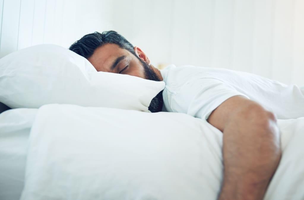 Saiba os Benefícios e Como Tomar Triptofano para Dormir Bem