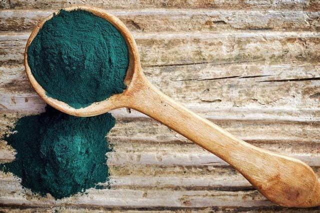 Spirulina: Para Que Serve? — Descubra 11 Benefícios desse Superalimento