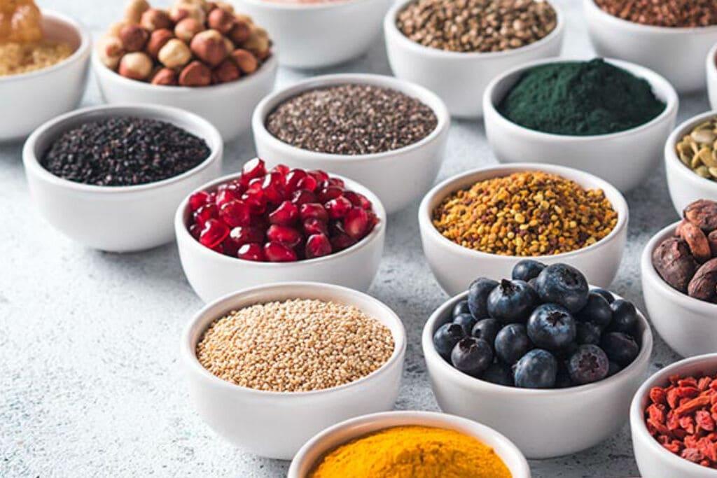 Superalimentos: o que são, benefícios e como consumir